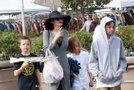 Angelina z otroci - naslovna
