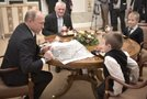Vladimir Putin z otroki