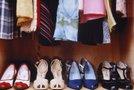 Čevlji v omari
