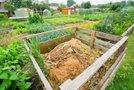 Kompost na vrtu