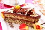Makov kolač s čokoladnim prelivom