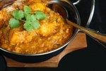 Piščančji curry z lečo