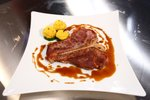 T-bone steak s kavo