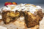 Torta z jabolki, orehi in polento