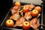 Gos iz pečice z jabolki