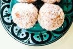 Marelično-kokosove energijske kroglice