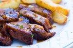 Pečena svinjska rebra s krompirjem
