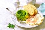 Zajtrk z vrtnico iz avokada
