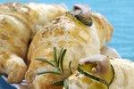 Rogljički s šunko, sirom in gobicami