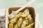 Pečen krompir z zelišči in parmezanom