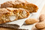 Biscotti z mandlji