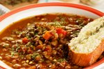 Lečna juha z zelenjavo in začimbami
