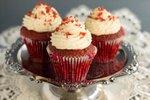 Rdeče žametne tortice