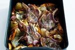 Svinjski kotleti z zelenjavo iz pečice