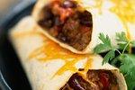 Burrito z mletim mesom in fižolom