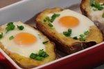 Krompirjeve polovičke s sirom in jajcem