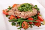 Tuna na žaru s salsa verde