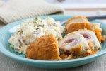Piščančji cordon bleu s krompirjevo solato