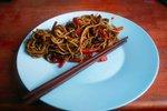 Kitajski rezanci z govedino