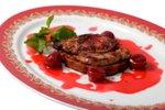 Jelenov file v višnjevi omaki