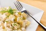 Krompirjeva solata z domačo majonezo
