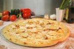 Pica s krompirjem in rožmarinom