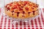 Preprost jagodni kolač z jagodami