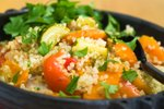 Enolončnica s kvinojo in zelenjavo