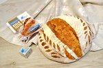 Pšenični kruh s kislim testom, pirino moko in semeni