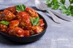 Maroške puranje kroglice v paradižnikovi omaki