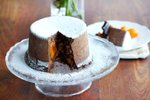 Čokoladno-sadni kolač