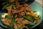Testenine s piščancem in brokolijem