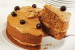 Orehova torta s kavno kremo