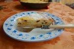 Sočna skutna torta z rozinami
