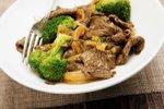 Pražena govedina z brokolijem
