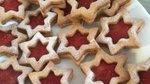 Linške zvezdice z marmelado (zvezdni poljubčki)