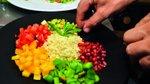 Bulgur z mediteransko zelenjavo, meto in granatnim jabolkom