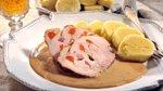 Pretaknjena svinjska pečenka z vinsko omako