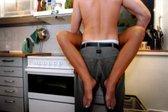 seks v kuhinji