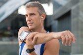 moški srednjih let med vadbo