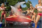 Zvezdnice v bikiniju vam operejo vozilo - 19