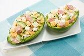 Solata z avokadom in tuno