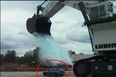 Kaj se zgodi, če vozilo operete z ogromnim vedrom vode
