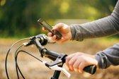 uporaba mobilnega telefona med kolesarjenjem