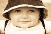 Dojenček s klobučkom