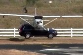 Avtomobil proti letalu