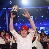 Jernej Kozan je bil prvi plesalec, ki je postal zmagovalec v šovu. Jernej si je s svojo izvirnostjo, marljivostjo in neverjetnim talentom prislužil mesto v vaših srcih in zmagovalno nagrado, vrtoglavih 50.000 evrov!