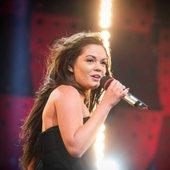 Pevka Jana Šušteršič je očarala Slovenijo že na avdicijski oddaji. S pesmijo Adele Rolling in the Deep, pa si je priborila zmago in 50.000 evrov.