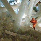 znanstveniki v jami Naica