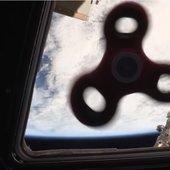 Spinner v vesolju